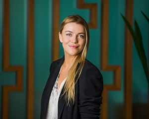 Environmental corporate portrait photography of a business woman in Brisbane